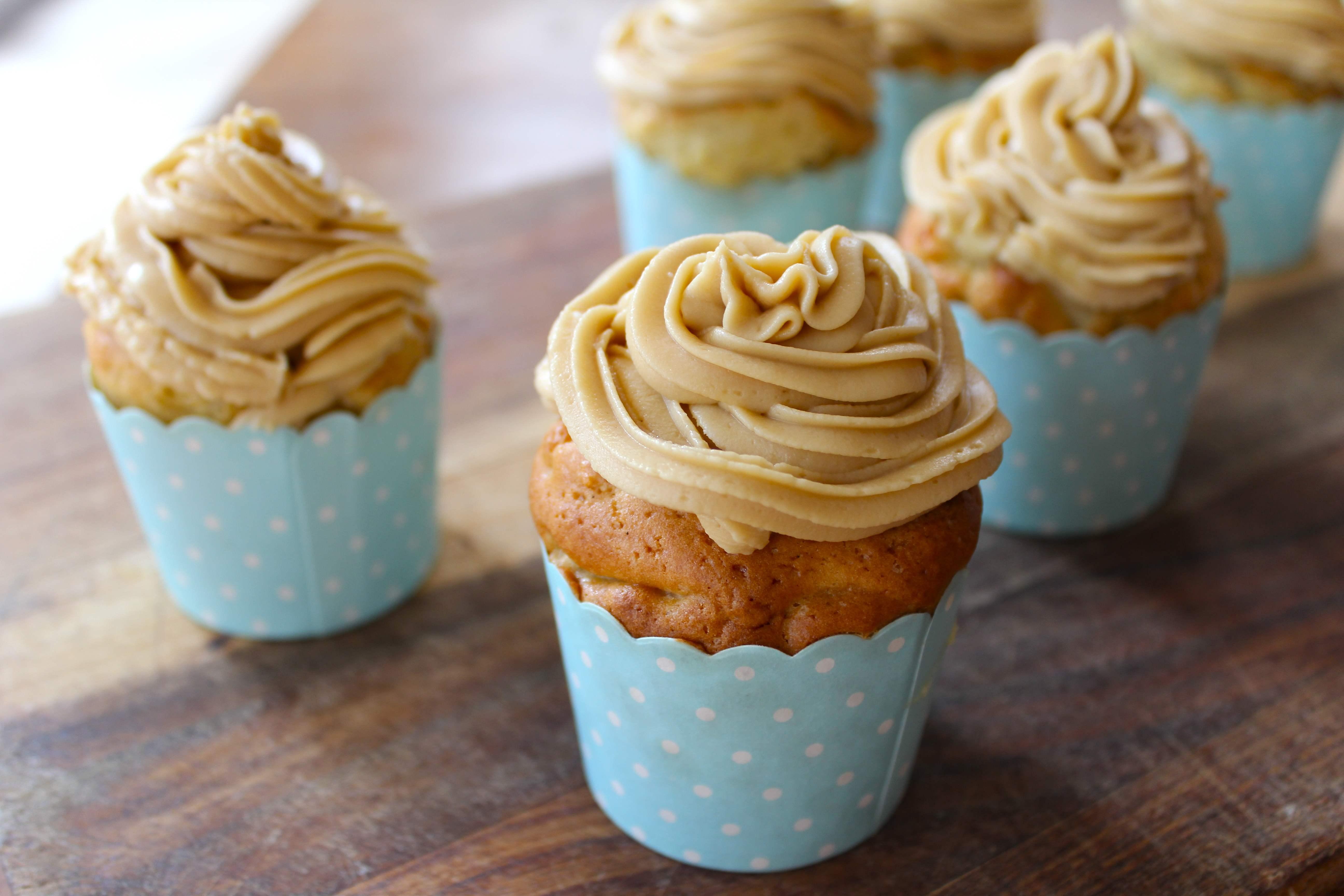 how to make apple cinnamon cupcakes