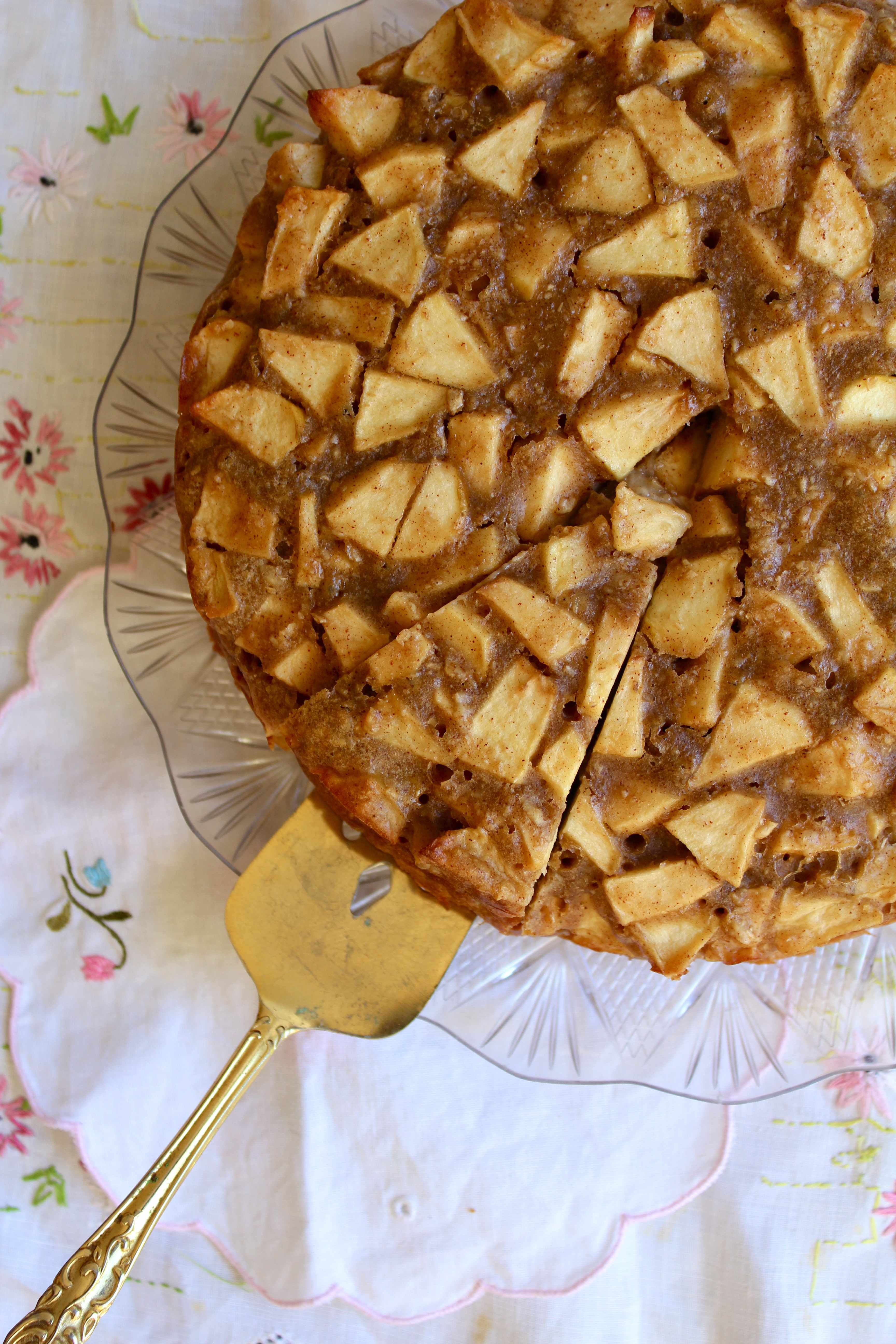 Butterless Apple Cake